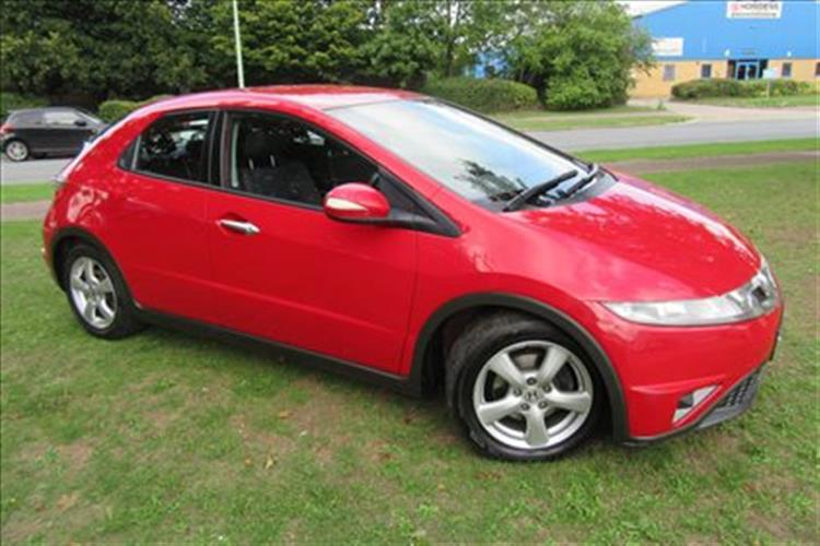 HONDA Civic 5-Door 1.8 i-VTEC SE