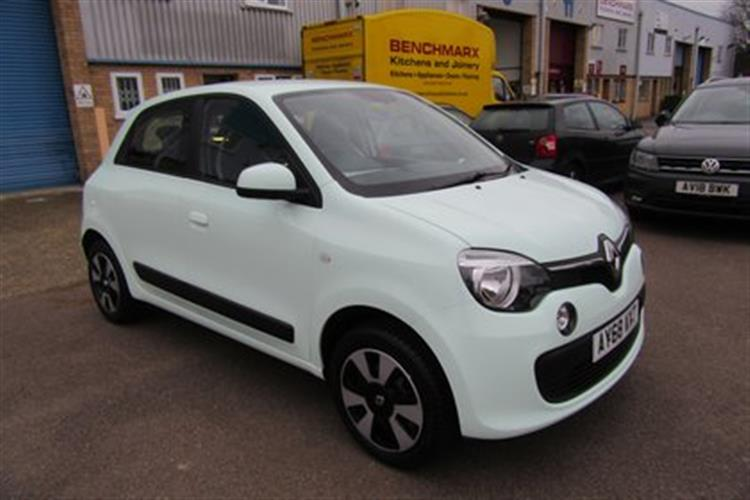 RENAULT Twingo Hatchback 5-Door 1.0 Sce (70bhp) Play