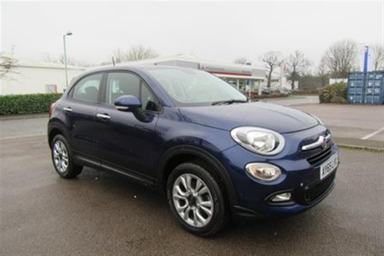 FIAT 500X Hatchback 5-Door 1.6 E-Torq Pop Star (110bhp)