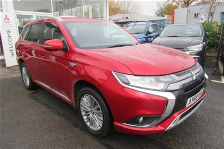 MITSUBISHI Outlander PHEV Station Wagon 5-Door 2.4 (221bhp) 4WD Dynamic PHEV